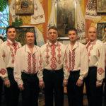 Kirkkolauluyhtye Kaanon esiintyy Akaan kirkossa