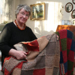 Liisa Villasen neliöistä syntyy peittoja pukinkonttiin