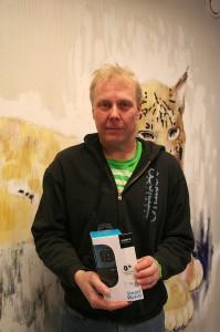 Timo Salo arvelee älykellon ilahduttavan erityisesti lapsiaan, mutta lupaa myös itse paneutua sen toimintaan.