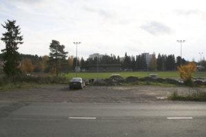 Eeles Landströmin muistomerkin paikaksi on suunniteltu Sontulantien ja Keskusurheilukentän väliin jäävää aluetta. Toijalan Vauhtia edustanut Landström teki Toijalassa muun muassa yhden Suomen ennätyksistään.