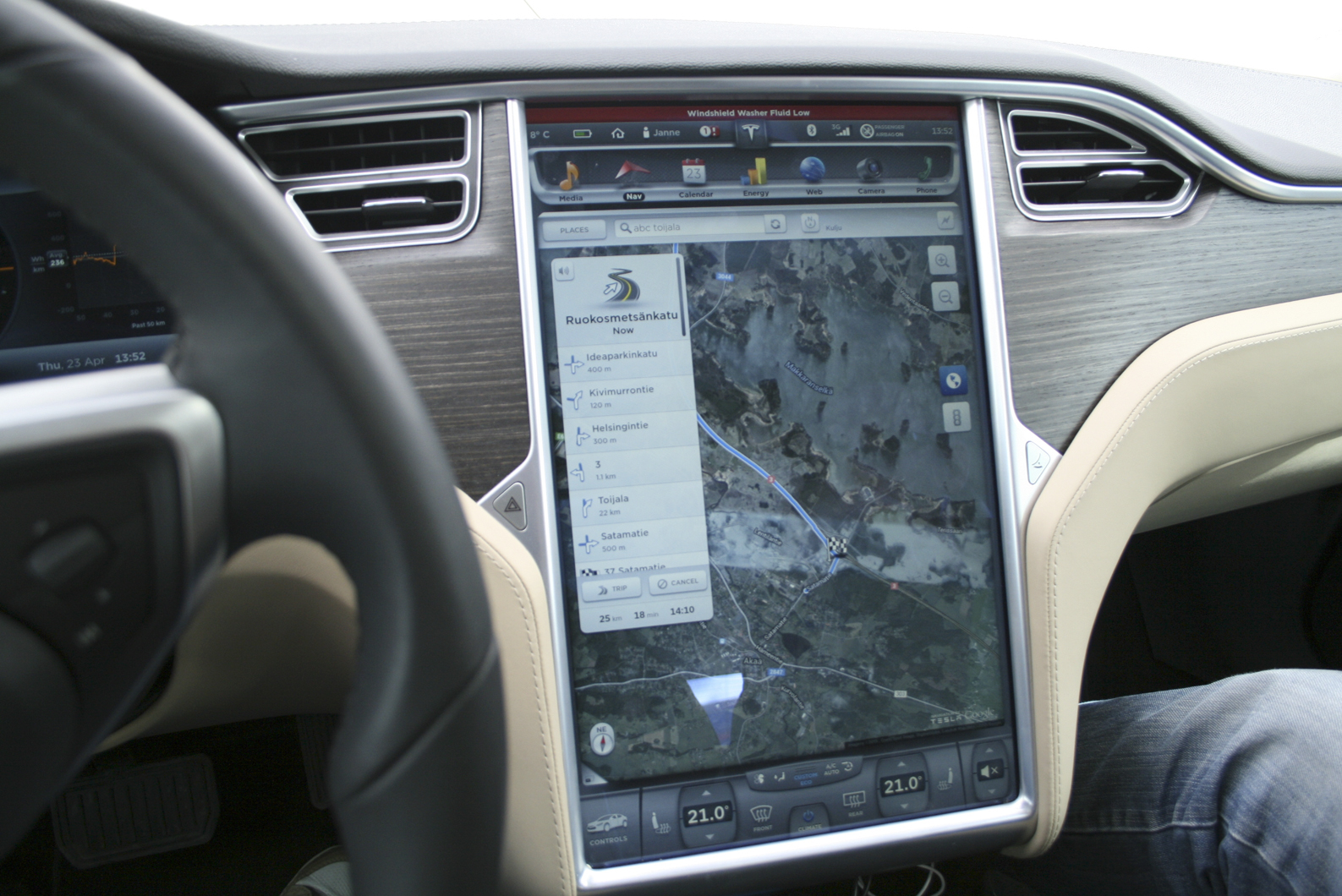 Tesla yllätti valmiudellaan - Akaan Seutu