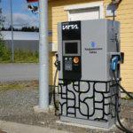 Totta kai sähköautoilu on käyttäjälleen halpaa – Huonotuloiset pakotetaan maksamaan viherpröystäilijöiden sähkölaskut