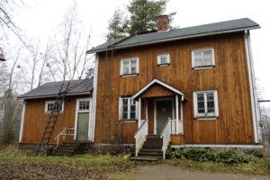 Toijalan Näyttämö aikoo kunnostaa vanhaa asemarakennusta.