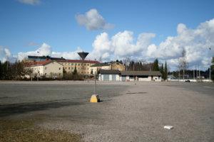 Jos kaikki menee niin kuin suunnitellaan, Akaan ensimmäinen jalkapallon tekonurmikentta nousee Viialan yhteiskoulun läheisyyteen. Toinen kenttä rakennetaan Toijalan yhteiskoulun ja monitoimihallin viereen.