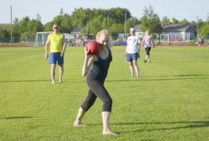 Harjoituksissa tehtiin monipuolinen alkuverryttely ja paljon oheisharjoitteita.