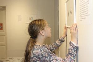 Martta Matilainen aloitti kissapiirrosten tekemisen viime keväänä.