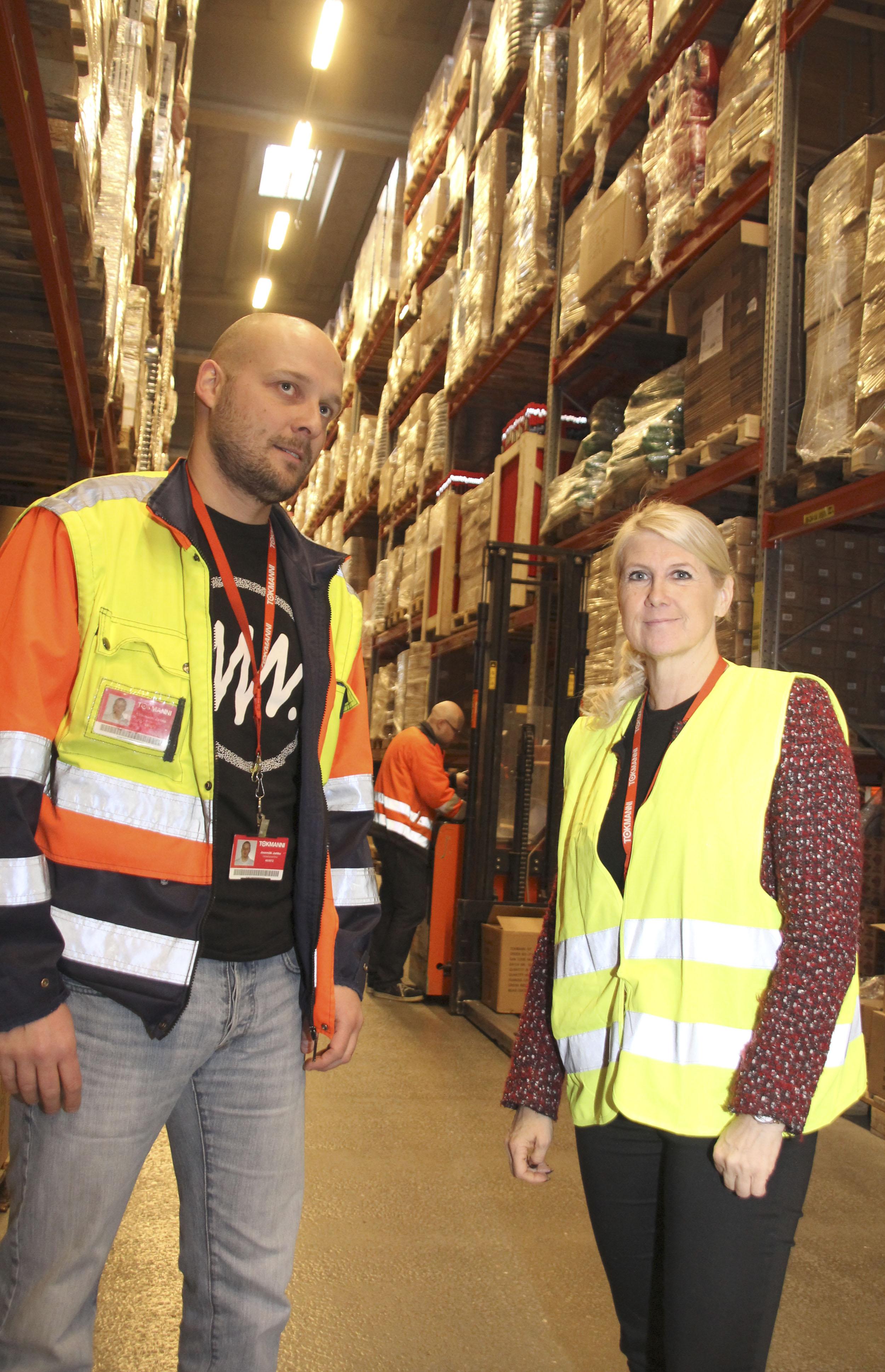 Selvitimme suojahankintoja: Koronasuojia hankittiin sairaalaan jopa Tokmannista – Kanta-Hämeen sairaanhoitopiirin ostot kertovat pulasta