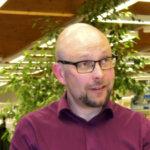 Juuso Hyvärinen irtisanoutui VAAOn johtajavirasta ja ryhtyi opiskelijaksi