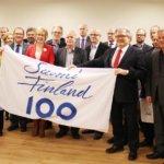 Pirkanmaan kunnille tulevaan juhlavuoteen Suomi100-salkolippu