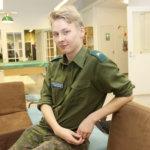 Puolustusvoimien homopuheita kritisoinut Petja Kopperoinen koetteli sensuurin rajoja jo armeijassa – Nyt hän toivoo Akaan nuorisovaltuuston toimivan äänekkäästi syrjintää vastaan