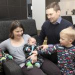 Anten ja Oskan pikkuveli on vuoden ensimmäinen vauva Akaassa