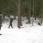 Frisbeegolfin karvalakkikisoissa nastakengät olivat tarpeen