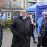Timo Soini porrastaisi soten voimaantulon