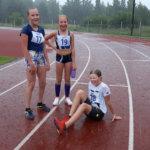 Yleisurheiluväki uhmasi sadetta Toijalan urheilukentällä