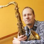 Saksofonisti Esa Pietilä konsertoi Akaan kirkossa
