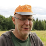 Kylmäkosken entinen kirkkoherra Olavi Virtanen on kuollut – Luonnon tarkkailija oli Pentti Linkolan kalakaveri