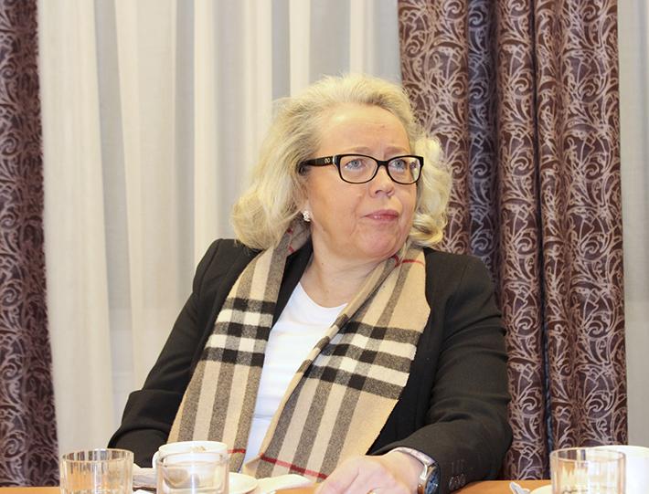 Akaan vs. kaupunginjohtaja Briitta-Liisa Sinivuori ei halua arvuutella, näkeekö sote- ja maakuntauudistus päivänvalon.