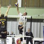 Lopettamispäätöksensä pyörtänyt Joni Mikkonen jatkaa Akaa-Volleyn hakkurina