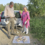 Roskasakki keräsi matonpesupaikalta 250 tupakantumppia ja kassillisen roskaa