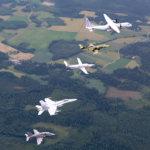 Satakunnan lennosto järjestää sotilasvalatilaisuuden 16. elokuuta Akaassa – varusmiehet marssivat Sontulantiellä ja ylilento lennetään neljän koneen muodostelmassa