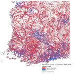 Tässä kartassa kuvataan Etelä- ja Länsi-Suomen maakuntien osalta 1x1 km:n ruuduissa kasvaneiden alueiden ruudut sinisellä ja supistuneet alueet punaisella vuosina 2005-2015.