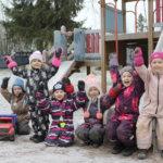 Supersankarien mielestä Suomessa on turvallista ja paljon leikkikavereita