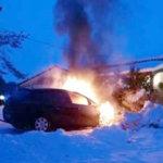 Kolme sammutinta ei riittänyt autopalon taltuttamiseen