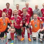 Topa toi ikämiesten futsalin Suomen mestaruuden Akaaseen