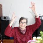 Senioritalossa pelataan korttia ja jumpataan porukalla – perjantaina juhlistettiin 89-vuotissynttäreitä