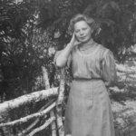 Oskari Viitasella oli oma studio pihalla 1900-luvun alussa – tunnistatko kuvissa olevia henkilöitä?