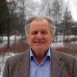 Tuki- ja liikuntaelinterveyden lähettiläs Esko Kaartinen korostaa yli kaiken liikunnan merkitystä vaivojen ennalta ehkäisyssä ja hoidossa