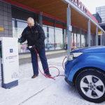 Tuulivoimamiehestä on tullut vankkumaton sähköauton kannattaja