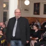 """Hannu Järvinen ennusti Juha Sipilän eron sunnuntain vaalivalvojaisissa: """"Tällä hetkellä puolueen keskeinen ajatus tuntuu hukkuneen"""""""