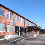 Ylöjärveläisyritys purkaa Hirvialhon koulun – Halvimmalla ja kalleimmalla tarjouksella oli eroa yli 300000 euroa