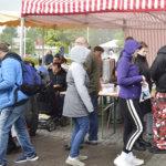 Sade ei vesittänyt tunnelmaa Viialan markkinoilla