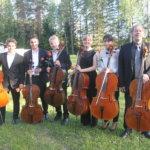 Primusmotor Hannu Kiiski ja viisi kehitysnälkäistä nuorta sellistiä soittivat instrumenttejaan säästämättä ja laadusta tinkimättä