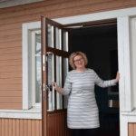 Koulun alku on opettaja Mari Seppälälle yhtä aikaa muutos ja paluu vanhaan – Tutut oppilaat vain ovat kasvaneet isoiksi viitos-kuutosluokkalaisiksi