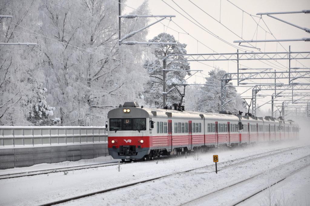 Tampereen uusi lähijuna eli M-juna tullaan ajamaan SM2- ja SM4 -kalustoilla. Tässä kuvassa on SM2-lähijuna. (Kuva: VR Group kuva-arkisto)