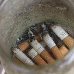 Tupakkatuotteiden valmistus pitäisi lopettaa