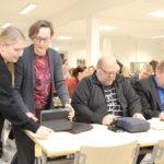 Valtuusto sai uuden varapuheenjohtajan – Kokous alkoi hiljaisella hetkellä Timo Saarisen muistolle