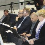 Akaan johtaville viranhaltijoille maksettiin viime vuonna yhteensä yli 800 000 euroa – Sivistysjohtajalla kovimmat pääomatulot