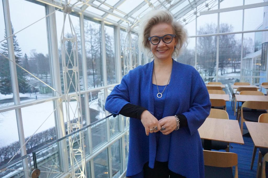 Toimitusjohtaja Paulina Ahokas johdattaa kansainvälisesti menestyvän Tampere-talon uudelle vuosikymmenelle. Ahokas odottaa pirkanmaalaisten tekevän kaikkensa, jotta Tampere ja Pirkanmaa saavat Euroopan unionin vuoden 2020 kulttuuripääkaupunkiuden. (Kuva: Matti Pulkkinen)