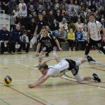 Savo Volley katkaisi Akaa-Volleyn voittoputken ennätysyleisön edessä – Urpo Sivulalla alavireinen ilta