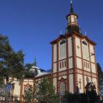 Jumalanpalveluksiin voi kesäkuussa osallistua kirkossa