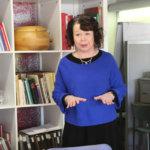 Kansanedustaja Pia Viitanen haluaa kirjastoihin digitalkkarit – Tasa-arvo ei toteudu digimaailmassa, ikäihmiset syrjäytymisvaarassa