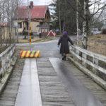 Toijalan pienet sillat voivat huonosti – Akaassa ei ole enää montaa joen ylittävää puusiltaa, eikä parannuksiin ole rahaa