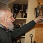 Matti Humaloja nimettiin satavuotiaan Viialan Pyryn kunniapuheenjohtajaksi – Oma painiharrastus alkoi vanhemmilta salaa vuonna 1956