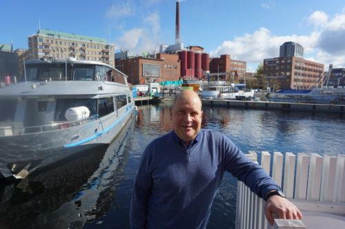 Matkailu ei tunnista kuntien rajoja. Matkailujohtaja Jari Ahjoharju korostaa, että Pirkanmaata on markkinoitava ja myytävä Tampere-kärjellä. Hän kehittäisi etenkin järvimatkailua. (Kuva: Matti Pulkkinen)