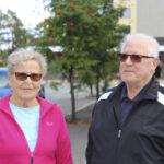 """Hilkka ja Arvo Neuvonen muuttivat omakotitalosta keskustan kerrostaloon – """"Ihanaa, kun ei tarvitse tehdä pihatöitä ja kaikki on lähellä"""""""