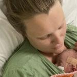 Raskausmyrkytys pakotti suunniteltuun sektioon kuusi viikkoa ennen laskettua aikaa– Isoveli Eino odottaa äitiä ja vauvaa kotiin sairaalasta